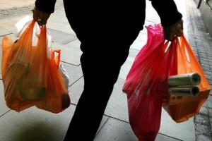 Sacchetti-della-spesa-stop-alla-plastica-multe