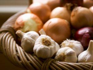 Cipolle_aglio_cesto