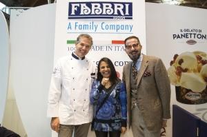 Daniele Foltran (a sinistra) con la fidanzata Fabienne e Nicola Fabbri (a destra)