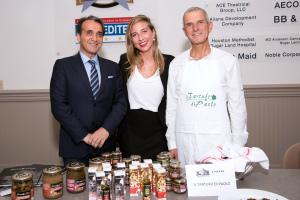 da destra Il Sindaco di Spello Moreno Landrini e per il Tartufo di Paolo Chiara Mori e Patrizio Berichelli